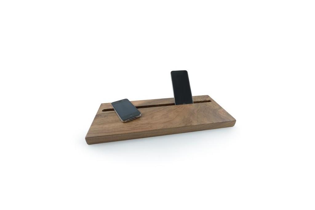 balda-tecnologica-en-madera-de-nogal